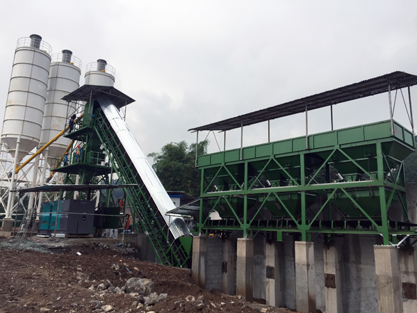 the feeding method of commercial concrete mixing plant 1